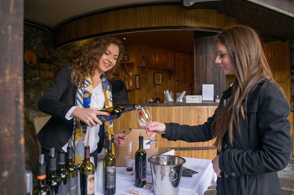 defile wine picture